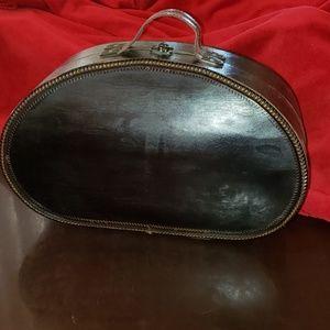 Vintage Vanity/Travelling Case